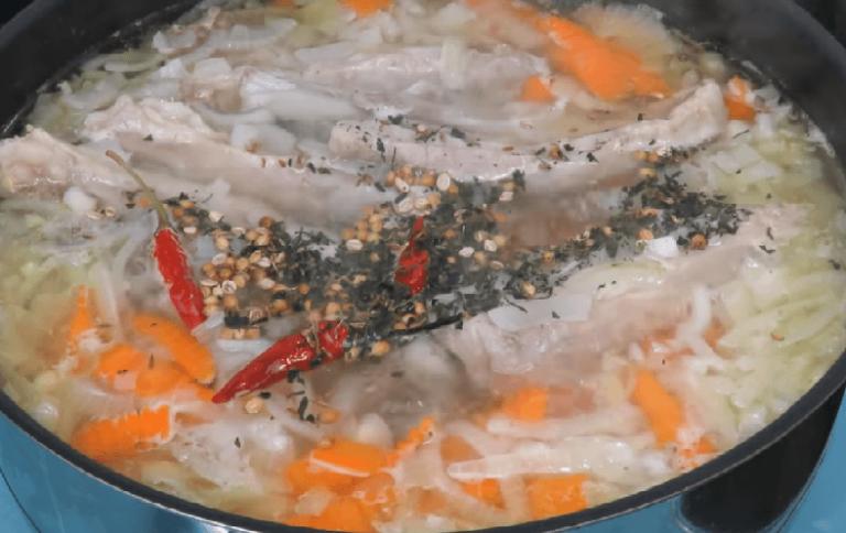 Все эти специи отправить в суп. Добавить соль и перец.…