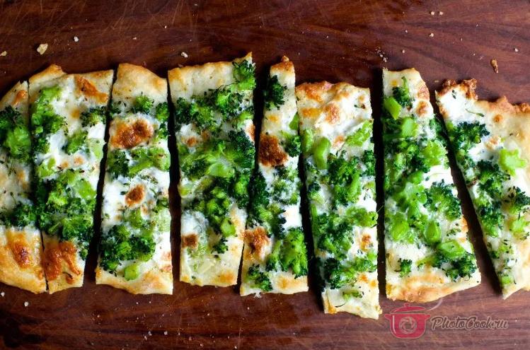 Зелёная пицца с брокколи